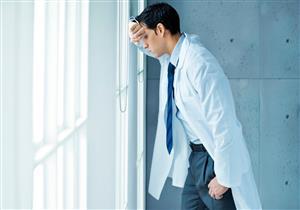 أطباء نفسيون تراودهم أفكار انتحارية.. ما السبب؟