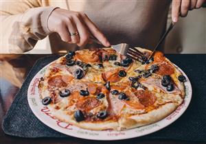 لعشاق البيتزا.. طريقة لذيذة ومناسبة للريجيم