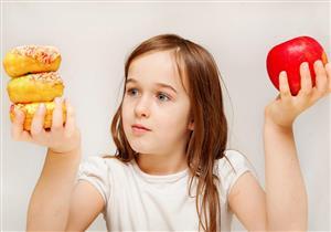 منها نوعية الأكل.. 4 إرشادات لحماية طفلك من الإصابة بالسكري