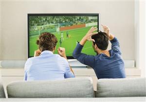 فوز أو خسارة.. 7 مخاطر احذرها أثناء مشاهدة المباريات الرياضية (صور)