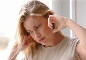 ماذا يحدث عند استخدام عيدان تنظيف الأذن؟.. نصائح ضرورية