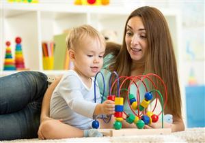 ماذا يحدث بعقلك عند اللعب مع طفلك؟