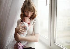 اللولب وسيلة آمنة لمنع الحمل خلال الرضاعة.. نصائح لتجنب آثاره الجانبية