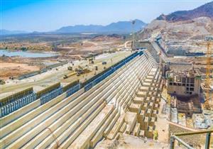 """الحلم الإثيوبي اصطدم بـ""""وادٍ عميق"""".. لماذا تأخر بناء سد النهضة؟"""