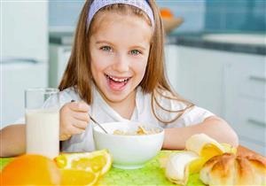 تقوي مناعته وتمنحه الدفء.. أطباق ومشروبات لذيذة قدميها لطفلك
