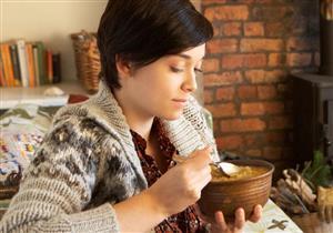 هذا الحساء يعالج الاحتقان ويخفف من أعراض الإنفلونزا