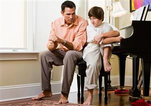 لا تظهر شفقة أو استياء.. إرشادات للتعامل مع طفل الاحتياجات الخاصة