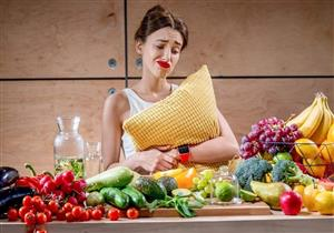 تعاني من اكتئاب الشتاء؟.. أطعمة صحية تحسن مزاجك