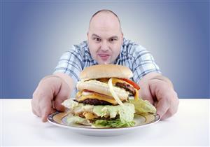 مشكلات صحية وعادات خاطئة تسبب الشعور الدائم بالجوع.. الحل بسيط