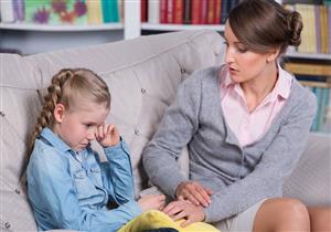 الحماية المبالغة للطفل تدمر شخصيته.. الحلول بسيطة