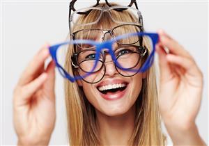 لأصحاب الوجه البيضاوي.. هذه النظارات اختيارك الأمثل (صور)