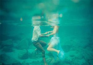 بالفيديو-زواج تحت أعماق البحار