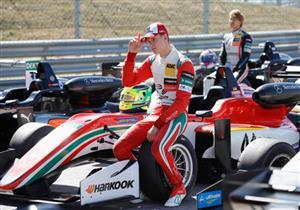 شوماخر الصغير يواصل مسيرته في فورمولا-3