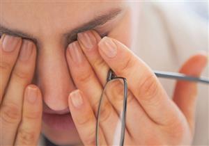 5 طرق تجنبك كثرة «عماص» العين (انفوجراف)