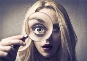 ما العلاقة بين جحوظ العين والغدة الدرقية؟