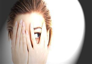 6 نصائح للتعامل مع حساسية العين من الضوء
