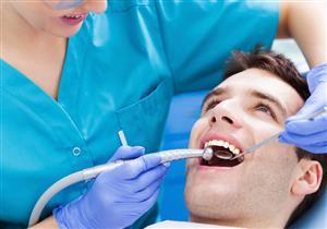 كيف تتخلص من تباعد الأسنان؟