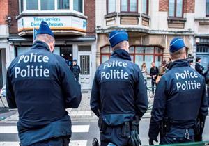 """الشرطة البلجيكية تشن حملة للقبض على """"الدجاج والديوك"""""""