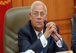 محافظ بورسعيد يوجه بإصلاح السيارات المعطلة في جراجات الأحياء