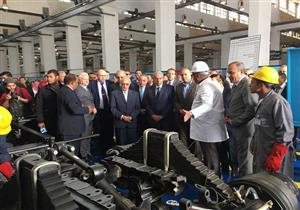 وزير الصناعة: نراجع نسب المكون المحلي في صناعة السيارات