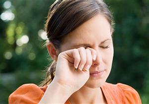عادات يومية تسبب جفاف عينيك