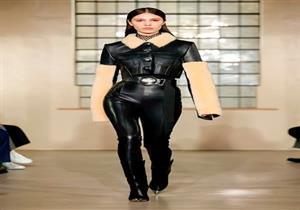 بالصور.. الجلد موضة لا تبطل في مجموعة شتاء David Koma خلال أسبوع الموضة في لندن