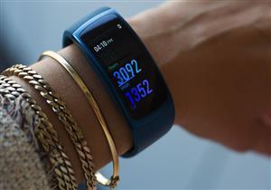 ساعة جديدة من سامسونج تقيس ضغط الدم وضربات القلب