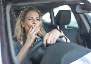 المخاطر الصحية ليست من بينها.. أسباب تدفعك للإقلاع عن التدخين داخل السيارة