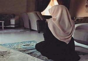"""سبب اعتراض السيدة عائشة على حديث """"قطع المرأة للصلاة"""""""
