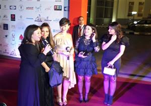 بالصور- منة شلبي ومنى زكي وكندة علوش في حفل افتتاح مهرجان أسوان لأفلام المرأة
