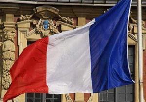 الحكومة الفرنسية تطرح قانونا جديدا يشدد قواعد الهجرة واللجوء