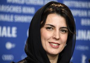 بالصور.. الممثلة الإيرانية ليلي حاتمي تهاجم النظام وتعلن دعمها للمتظاهرين في برلين السينمائي