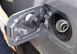 قائد سيارة هولندي يخبئ 770 ألف يورو في خزان وقود سيارته