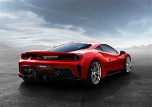 """بالصور.. سيارة فيراري""""488 Pista"""" الجديدة تنطلق بقوة 711 حصانًا"""