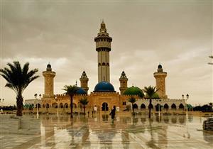 مسجد توبا بالسنغال .. فكرة داعية تحولت لخيال معماري