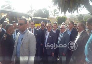 بالصور.. وزير الصحي والسفير الفرنسي يتفقدا موقع إنشاء مبنى التأمين في بورسعيد