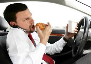 """6 نصائح مهمة لتصبح سائقًا محترفًا.. أبرزها """"تجنب السرعة"""""""