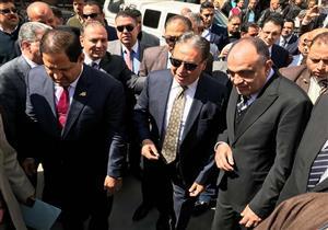 بالصور.. وزير الصحة يجمتع بأطباء مستشفى سمنود الجديد