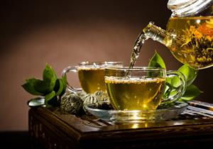 بدون سكر.. الشاي الأخضر يحمي أسنانك من هذه الأمراض