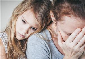 إحصائية: الهلاوس والأفكار المخيفة تلاحق نصف الأمهات