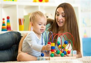 ألعاب طفلك تؤثر على سلامة عينيه.. دليلك لاختيارها حسب عمره