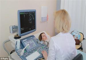 بالفيديو والصور- نموذج ثلاثي الأبعاد للجنين حتى تتمكن الأم من حمله قبل الولادة