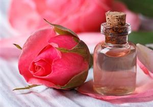 وفري فلوسك وازيلى المكياج.. 5 استخدامات لماء الورد