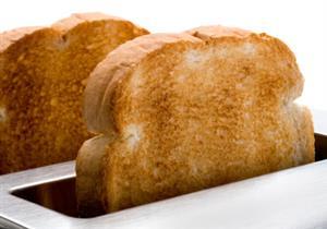 في بريطانيا..42 مليون شريحة خبز تلقى في القمامة يوميًا