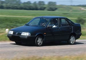 """سيارات مظلومة (4).. فيات تيمبرا 92 """"سيارة عائلية"""" بـ35 ألف جنيه"""