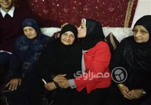 بالصور.. الجدعة زكية أبوالحسن.. الأم المثالية الصعيدية: سأنتخب الرئيس السيسي لأنه نصير المرأة