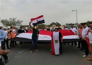 """آلاف الناخبين المصريين بالكويت ينتقدون قناة """"الجزيرة"""" بسبب عدم مصداقيتها"""