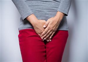 هل يشير لون الإفرازات المهبلية لمشكلة صحية؟
