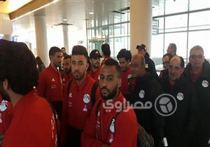 صور.. وصول بعثة المنتخب الوطني إلى سويسرا استعدادا لمواجهتي البرتغال واليونان