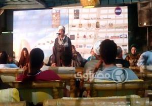 """بالصور- محمود حميدة وحفيده بحفل الشيخ زين في """"الأقصر السينمائي"""""""